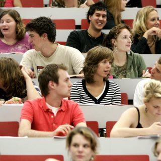 studie-studeren-hbo-wo-verschil-studiekeuze-opleiding-student